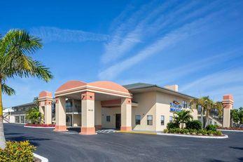 Baymont Inn & Suites Punta Gorda