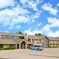 AmericInn Lodge and Suites Clear Lake