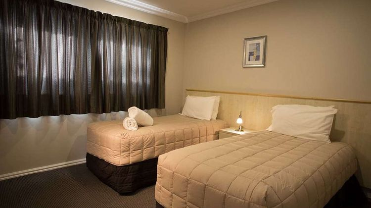 The Hotel Nelson Room