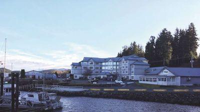 Quarterdeck Resort & Marina