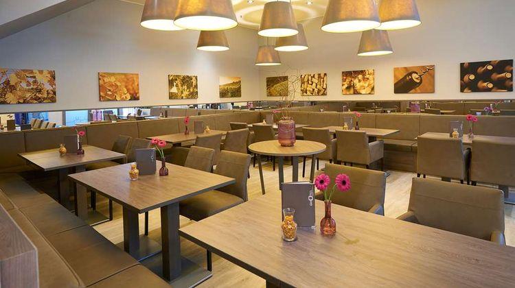 GHOTEL Hotel & Living Wuerzburg Lobby