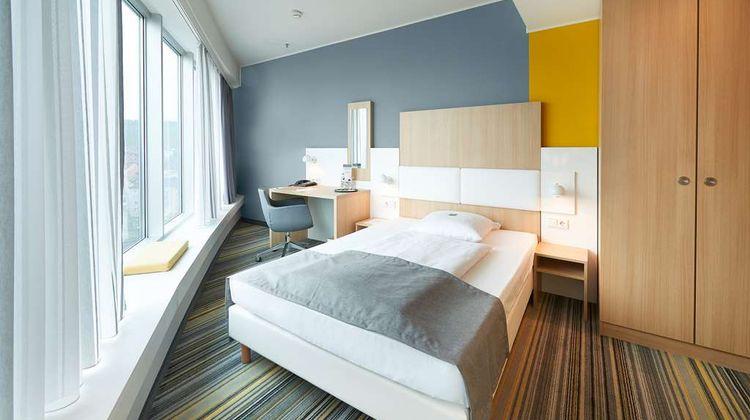 GHOTEL Hotel & Living Wuerzburg Room