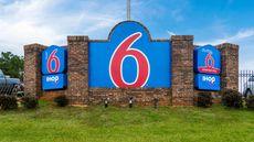 Motel 6 Lagrange