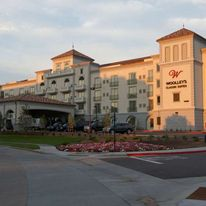 Woolley's Classic Suites Denver Airport