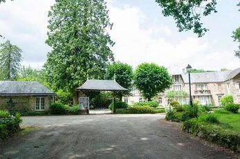 Hotel The Originals Le Manoir du Lys