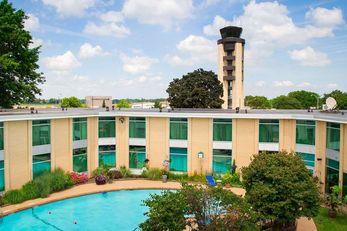 Syracuse Airport Hotel