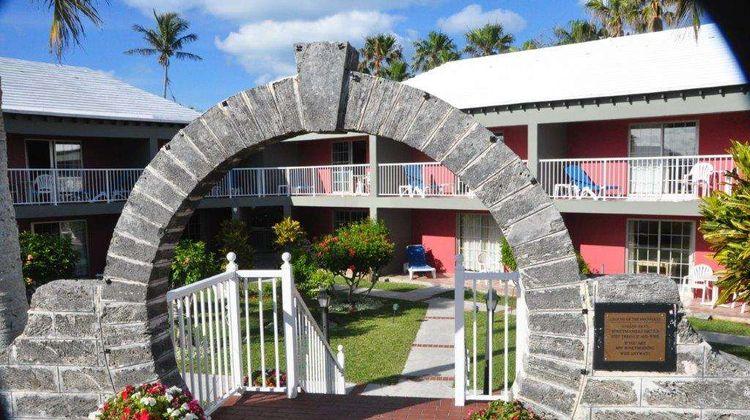 Rosemont Guest Suites Exterior