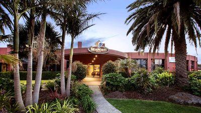Nightcap at Seaford Hotel