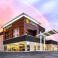 La Quinta Inn & Stes by WyndhamDowntown