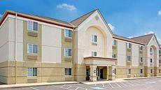 MainStay Suites Cincinnati Blue Ash