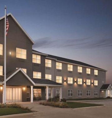 Country Inn & Suites Cedar Falls