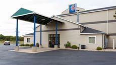 Motel 6 Lake Delton