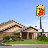 Super 8 Collinsville St. Louis