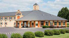 Baymont Inn & Suites Pella