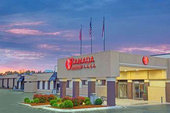 Ramada Plaza Airport Hotel & Conf Center