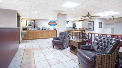 Baymont Inn & Suites Hays
