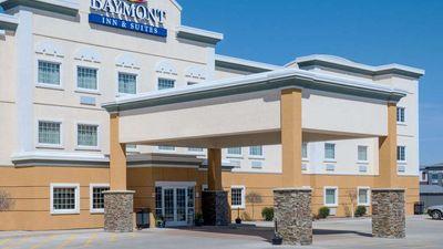 Baymont Inn & Suites Minot