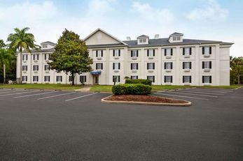 Baymont Inn & Suites Ormond Beach