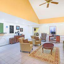 Baymont Inn & Suites, Forest City