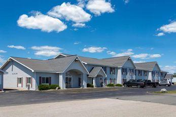 Baymont Inn & Suites Marinette