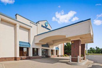 Valley Plaza Inn Resort