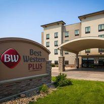 Best Western Plus Williston Hotel/Stes