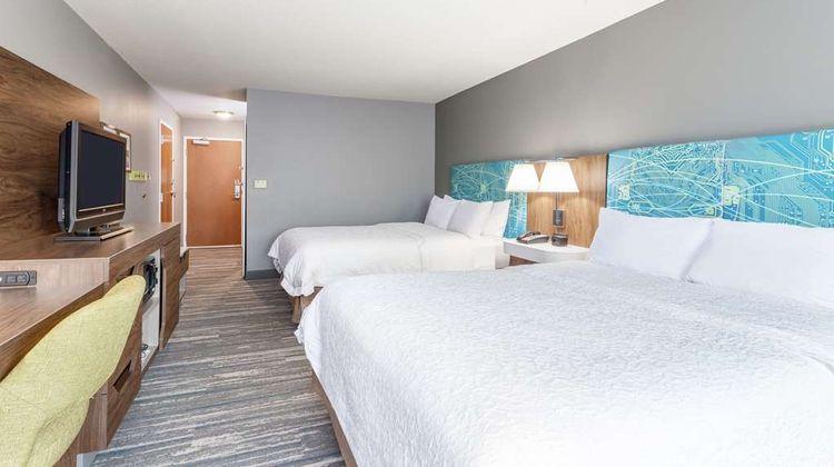 Hampton Inn Auburn Room