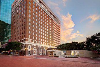 Hilton Fort Worth