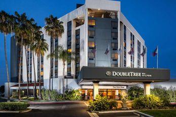 Doubletree Hotel Carson Civic Plaza
