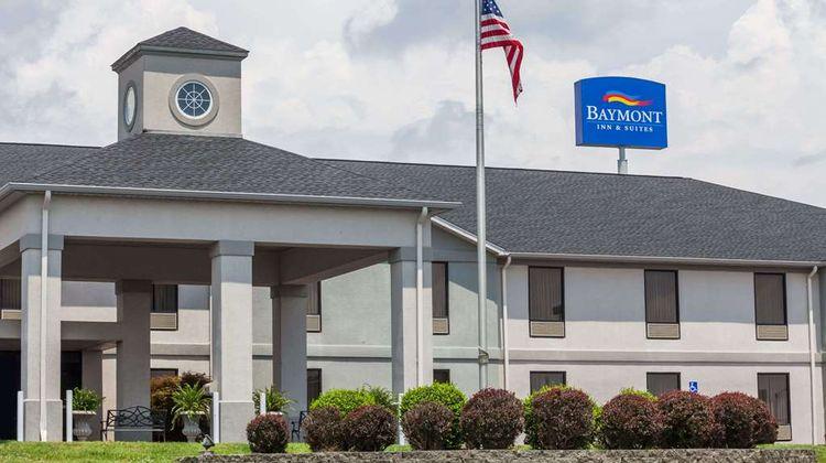 Baymont Inn & Suites Madisonville Exterior