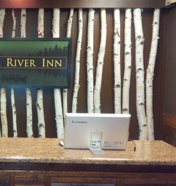 Ramada by Wyndham Copper River Inn