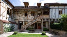 Le Maison de Rhodes