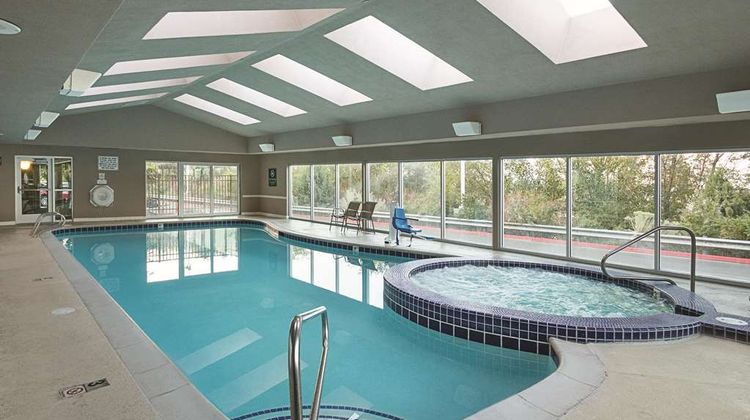 La Quinta Inn & Suites Orem Parkway Pool