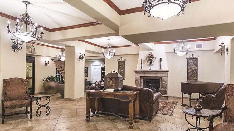 La Quinta Inn & Suites Trinidad Lobby