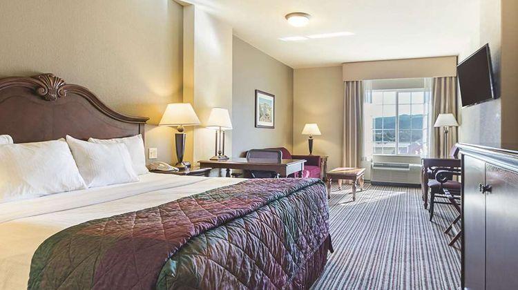 La Quinta Inn & Suites Trinidad Room