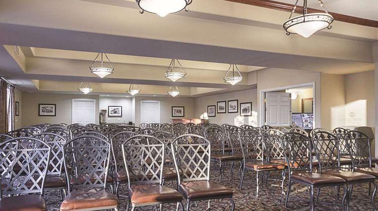 La Quinta Inn & Suites Trinidad Meeting