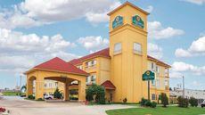 La Quinta Inn & Suites Tulsa Airport