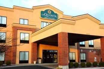 La Quinta Inn & Suites Springfield Arpt