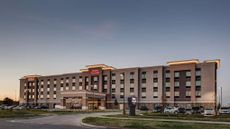 Hampton Inn & Suites Wichita Airport KS