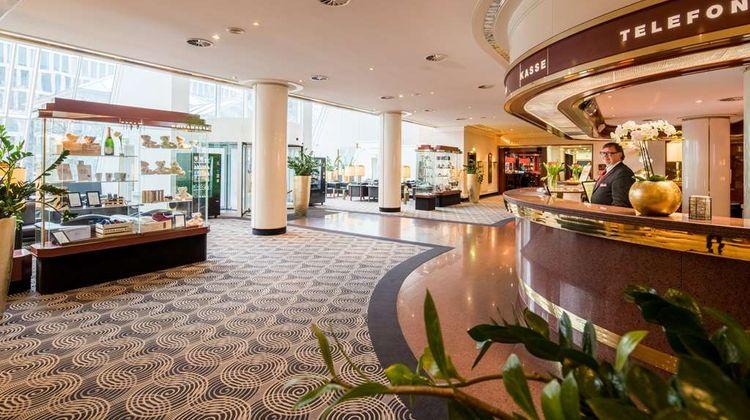 Best Western Plus Plaza Hotel Darmstadt Lobby