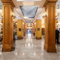 Castlereagh Boutique Hotel, Ascend