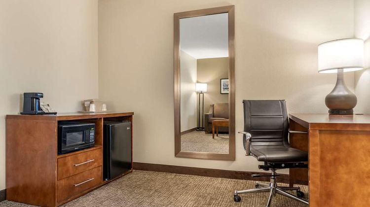 Comfort Suites Red Bluff Room