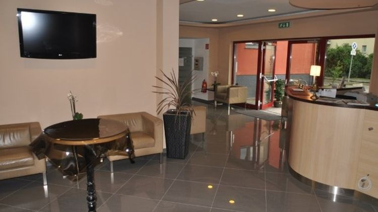 Arion Airporthotel Lobby