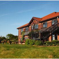 Hunley Hotel & Golf Club