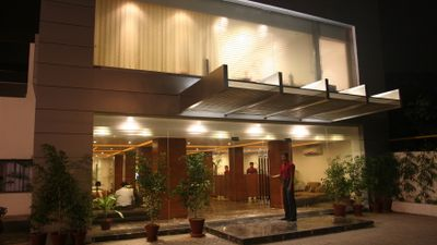 Hotel One The Mall, Lahore