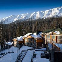 Khyber Himalayan Resort & Spa