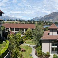 Copthorne Hotel & Resort Lakefront