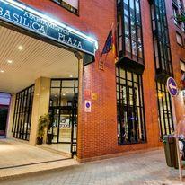 Plaza Basilica Suite Hotel