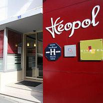 Leopol Hotel