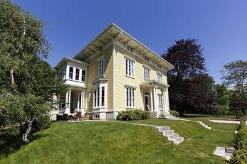 Spicer Mansion